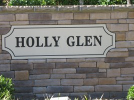Holly_Glen_Entrance