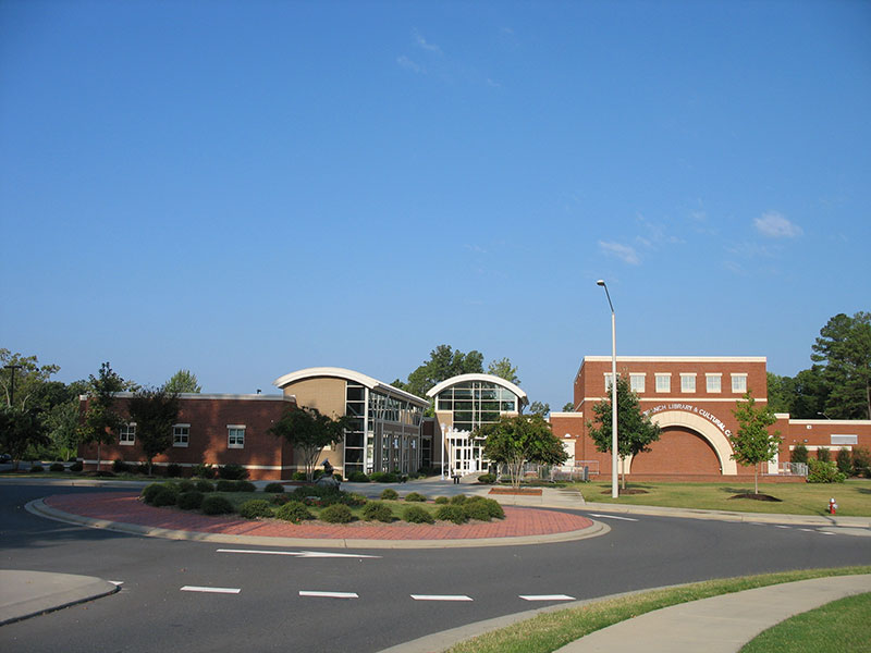 Holly Springs Library and Cultural Arts Center behind Town Hall
